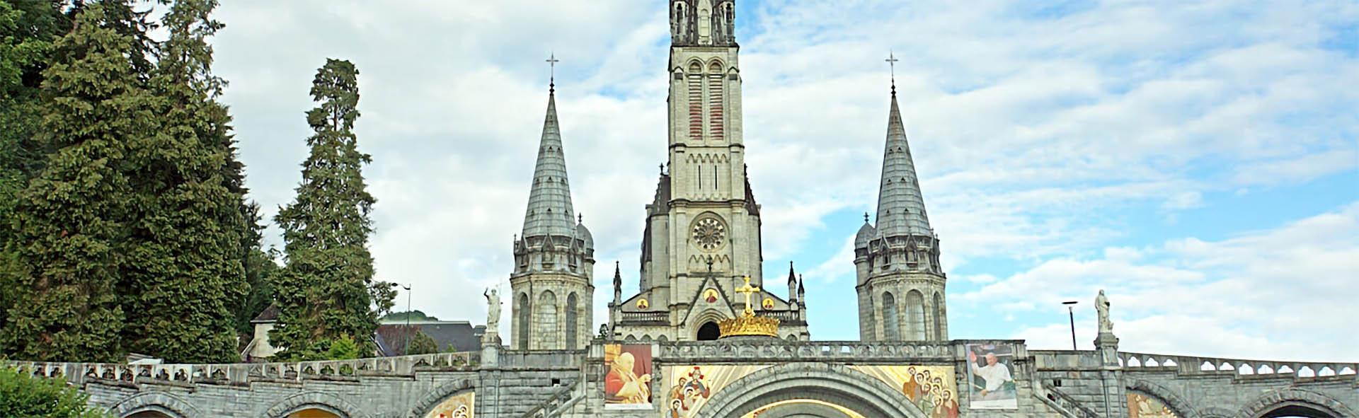 Viaggio a Lourdes in Aereo da Napoli Santi